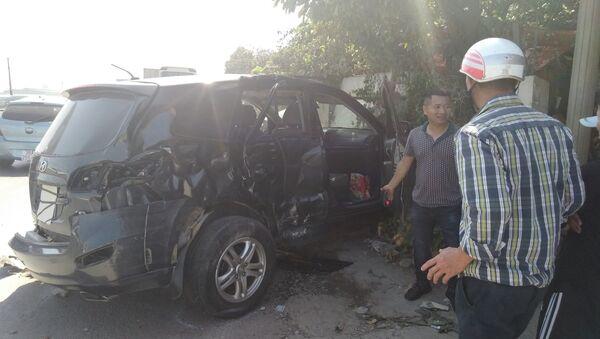 Xe 7 chỗ trong vụ tai nạn - Sputnik Việt Nam