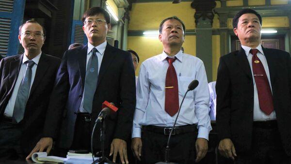 Đại diện Vinasun với tư cách là nguyên đơn trong vụ kiện Grab Việt Nam lần thứ 3 - Sputnik Việt Nam