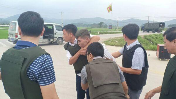 Hà Tĩnh: Cảnh sát mặc giáp đang truy bắt đối tượng buôn ma túy cố thủ có vũ khí - Sputnik Việt Nam