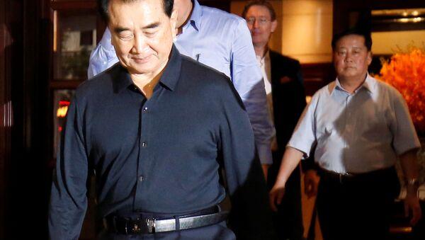 Ông Kim Chang-son rời khách sạn Metropole tại Hà Nội ngày 16/2 - Sputnik Việt Nam