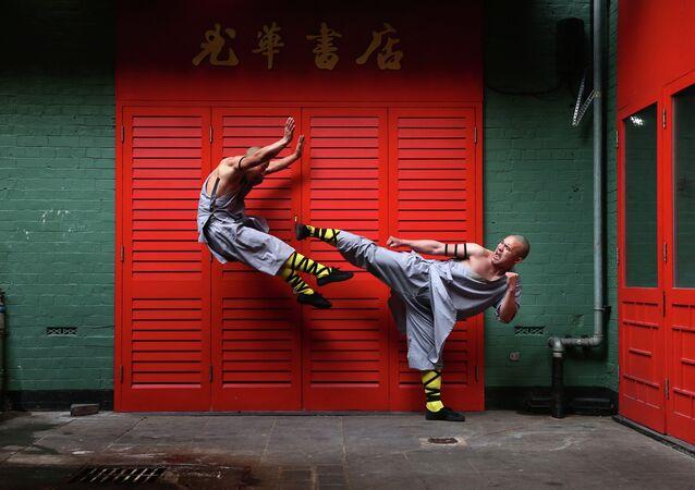 Các nhà sư Thiếu Lâm ở khu Chinatown ngày 23 tháng 2 năm 2015 London, Anh