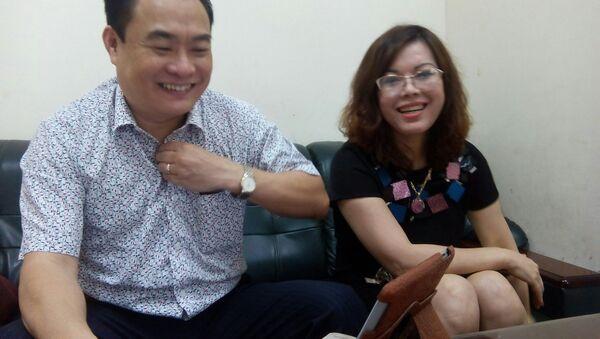 Ông Trần Đức Trung và bà Hằng - Sputnik Việt Nam