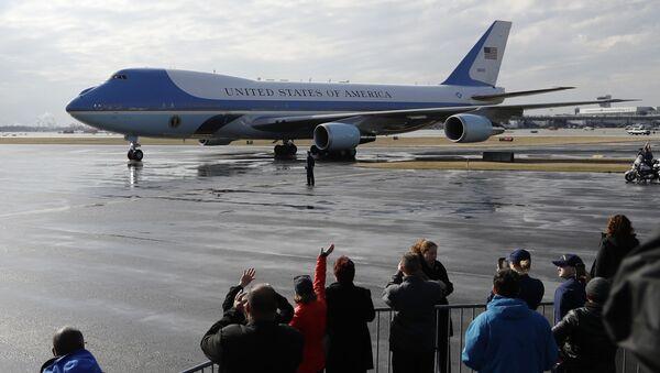 Самолет Boeing-747 президента США Дональда Трампа Air Force One - Sputnik Việt Nam