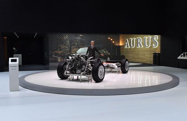 Hệ thống treo của xe Aurus tại Geneva Motor Show - Sputnik Việt Nam
