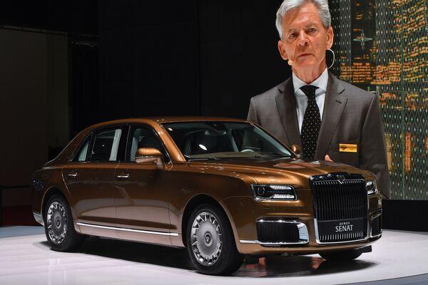 Buổi ra mắt chiếc xe Aurus Senate limousine tại Geneva Motor Show - Sputnik Việt Nam