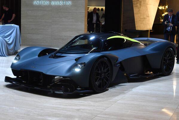 Nguyên mẫu siêu xe Aston Martin AM-RB 001 tại Triển lãm ô tô quốc tế Geneva 2019 - Sputnik Việt Nam