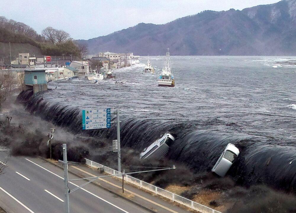 Sóng thần sau trận động đất năm 2011 tại Nhật Bản