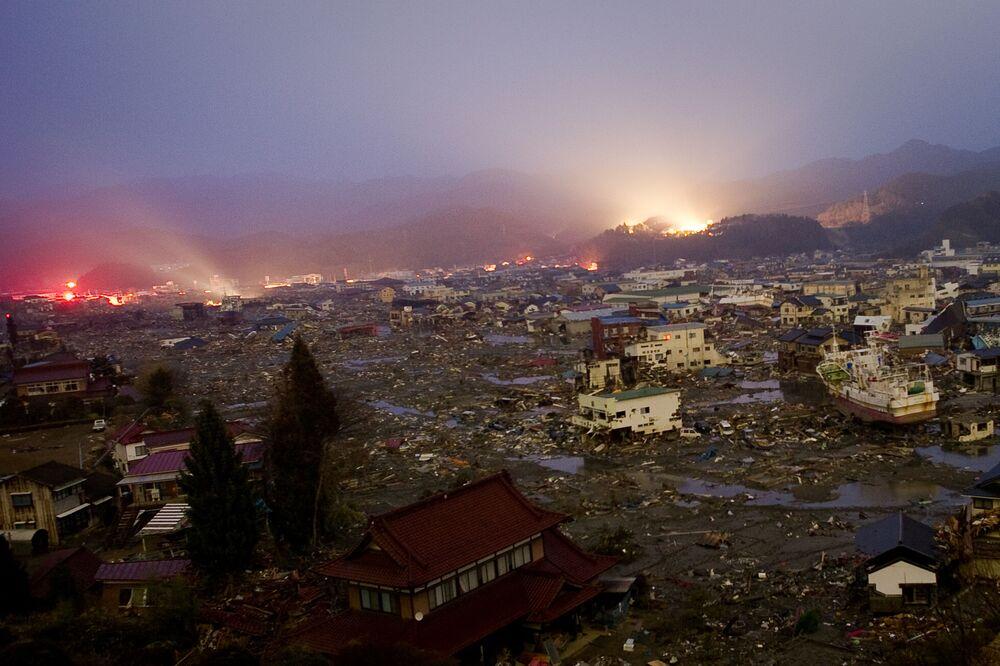Quang cảnh thành phố Kessennuma sau trận động đất và sóng thần xảy ra tại Nhật Bản  ngày 11 tháng 3 năm 2011