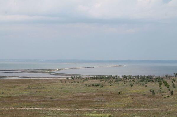 Mũi Tuzlinskaya trước khi xây dựng cầu Crưm, năm 2013 - Sputnik Việt Nam