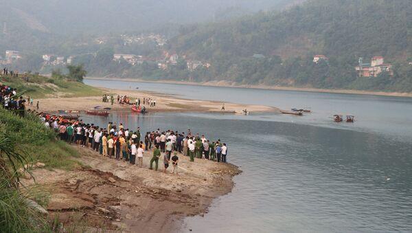 Khúc sông nơi các em học sinh bị đuối nước. - Sputnik Việt Nam