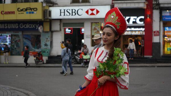 """Lễ hội Văn hóa Nga bên Hồ Gươm """"Giai điệu Nga trong trái tim thủ đô Việt Nam"""" - Sputnik Việt Nam"""