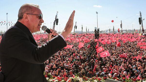 Mit-tinh hàng triệu người ở Istanbul ủng hộ đảng của Erdogan - Sputnik Việt Nam