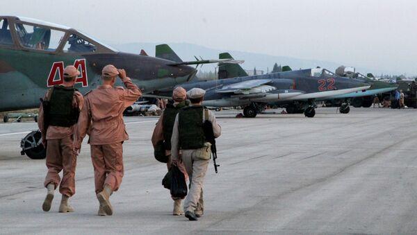 Các chiến đấu cơ của Nga tại phi trường gần thành phố Latakia (Syria) - Sputnik Việt Nam