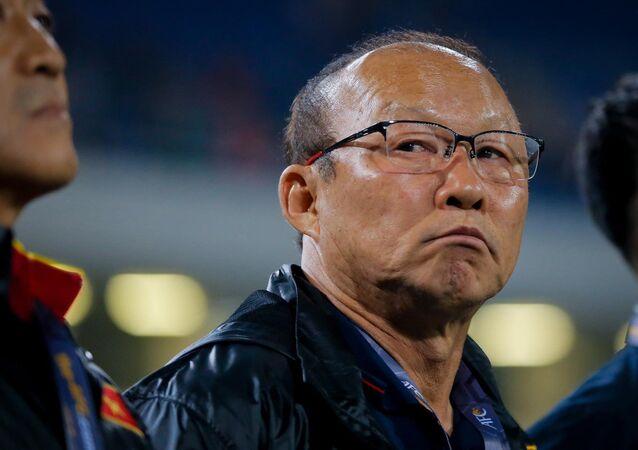 Thành bại của trận đấu tối nay có thể tác động tới kế hoạch chuẩn bị 2 năm tới của HLV Park Hang-seo