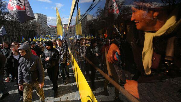 Đoàn người biểu tình chống tham nhũng ở Kiev - Sputnik Việt Nam