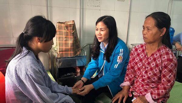 Nữ sinh Hưng Yên bị đánh hội đồng - Sputnik Việt Nam