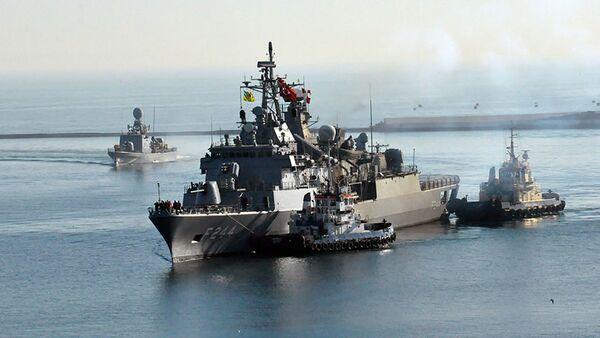 Фрегат TCG Barbaros и ракетный катер быстрой атаки TCG Martı прибыли в порт Одессы - Sputnik Việt Nam