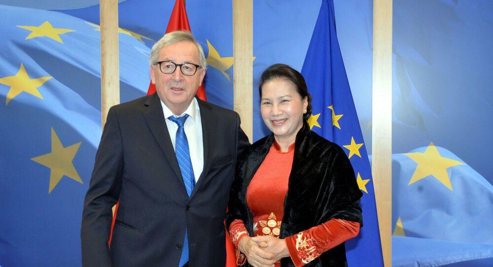 Chủ tịch Quốc hội Nguyễn Thị Kim Ngân hội kiến Chủ tịch Ủy ban châu Âu Jean-Claude Juncker.