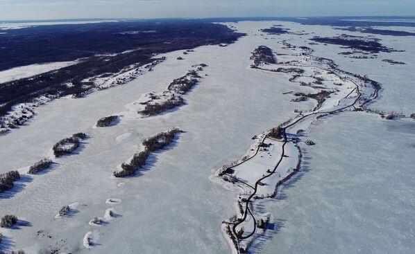 Mùa xuân trên đảo Kizhi ở Karelia - Sputnik Việt Nam