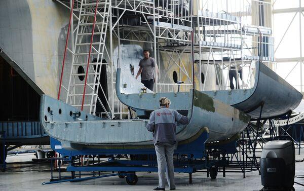 Xưởng lắp ráp của nhà máy Rostvertol - Sputnik Việt Nam