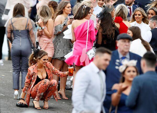 Ngày phụ nữ tại sân đua ngựa Vương quốc Anh - Sputnik Việt Nam