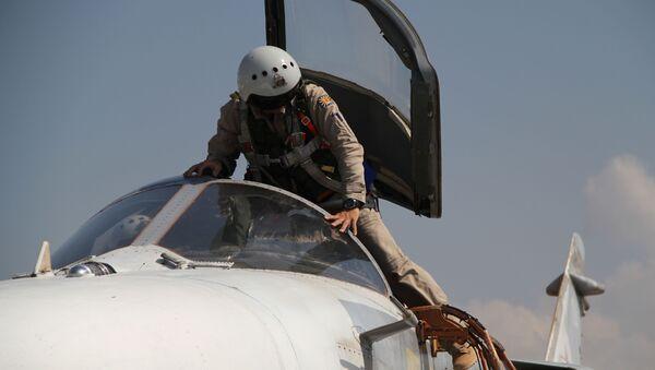 Nhóm chiến đấu hàng không Nga tại sân bay Hmeymim ở Syria - Sputnik Việt Nam