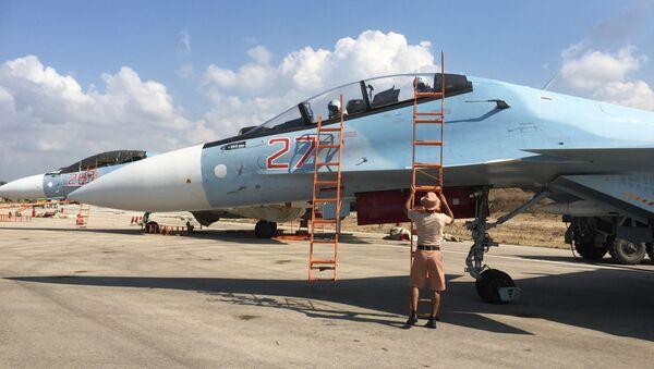 Cụm máy bay chiến đấu Nga tại sân bay Hmeymim, Syria - Sputnik Việt Nam