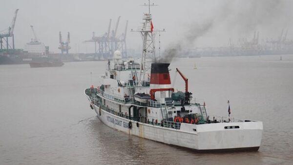 Biên đội tàu Cảnh sát biển 8004 và 8003 - Hải đoàn 11 thuộc Bộ tư lệnh Vùng Cảnh sát biển 1 đã rời đơn vị đưa đoàn công tác thực hiện nhiệm vụ - Sputnik Việt Nam