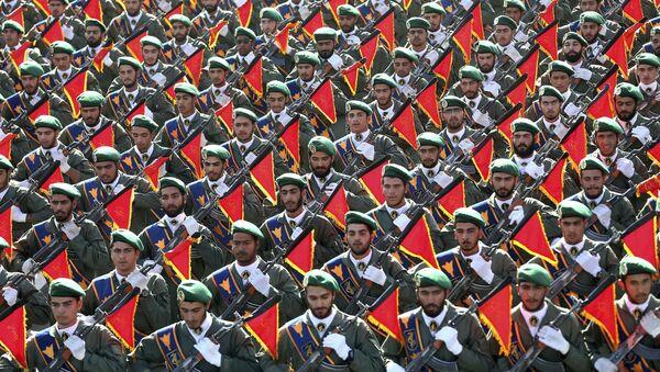 Vệ binh Cách mạng Hồi giáo tại cuộc diễu hành quân sự - Sputnik Việt Nam