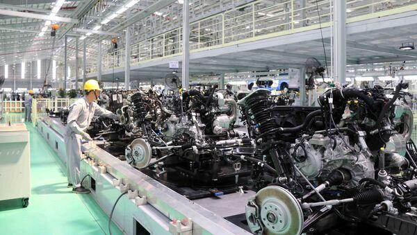Nhà máy xe du lịch cao cấp của Thaco được đầu tư 4.500 tỷ đồng trên diện tích 7,5 ha với công suất 20.000 xe/năm. - Sputnik Việt Nam