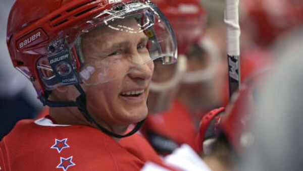 Tổng thống Nga Vladimir Putin tham gia trận gala giải Hockey League - Sputnik Việt Nam