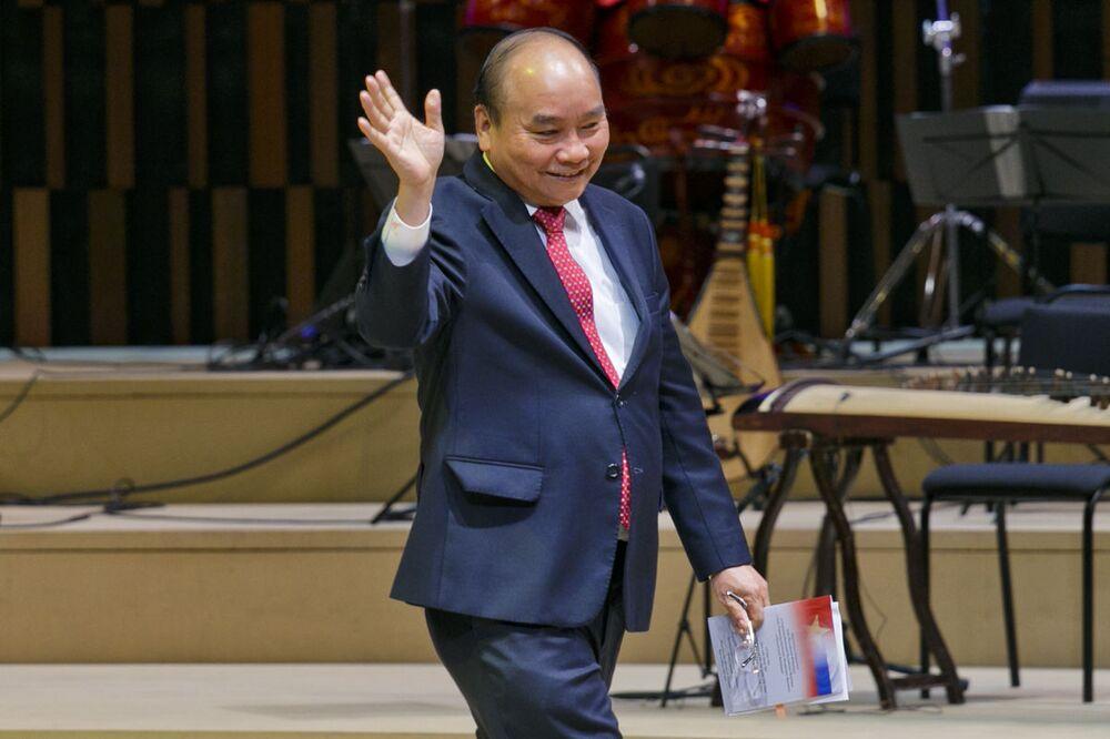 Thủ tướng Việt Nam Nguyễn Xuân Phúc tại lễ khai mạc Năm chéo Nga Việt
