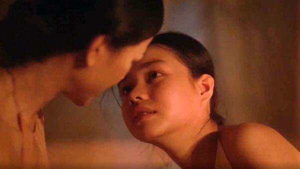 Cảnh nhạy cảm trong phim Vợ ba - Sputnik Việt Nam