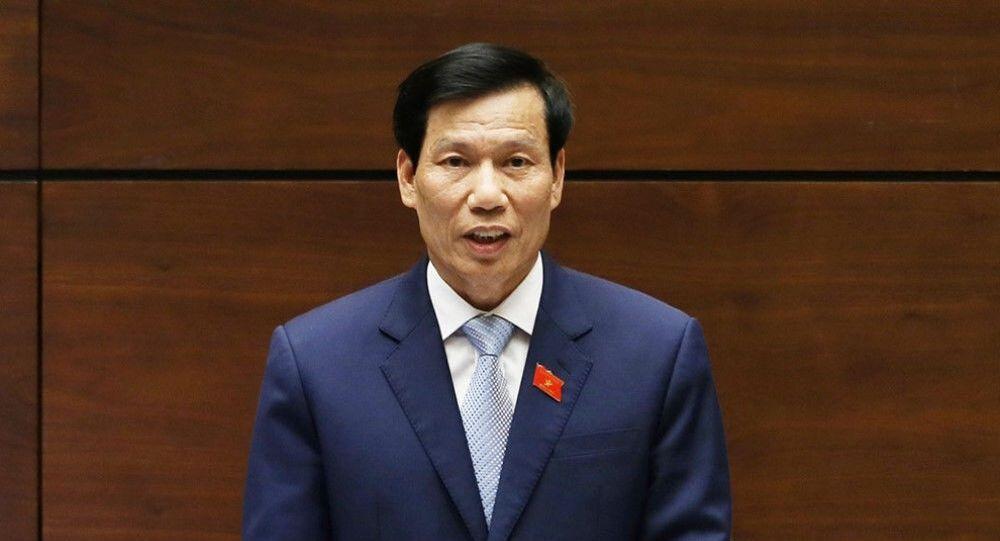Bộ trưởng Nguyễn Ngọc Thiện trả lời chất vấn trước Quốc hội ngày 5/6