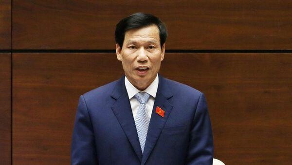 Bộ trưởng Nguyễn Ngọc Thiện trả lời chất vấn trước Quốc hội ngày 5/6 - Sputnik Việt Nam