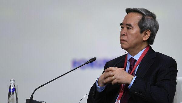 Người đứng đầu bộ phận kinh tế của Ban chấp hành trung ương đảng cộng sản Việt Nam, Nguyễn Văn Bình tại Diễn đàn Kinh tế Quốc tế St. Petersburg 2019 (SPIEF)  - Sputnik Việt Nam