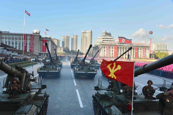 Các thiết bị quân sự tại cuộc diễu binh ở Bình Nhưỡng - Sputnik Việt Nam