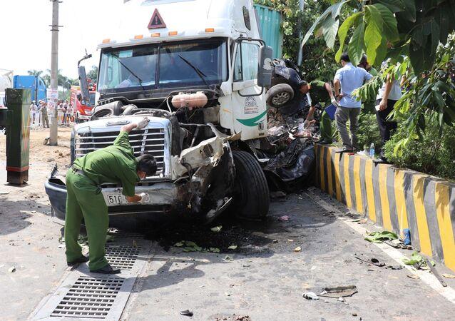 Tây Ninh: Tai nạn giao thông nghiêm trọng, 5 người tử vong tại chỗ