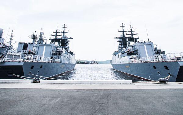 Tàu hộ tống Gromky và Sovershennyy (dự án 20380) của Hạm đội Thái Bình Dương Nga - Sputnik Việt Nam