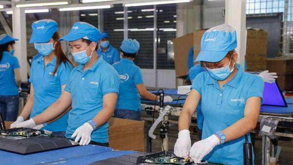 Asanzo xác nhận 70% linh kiện sản xuất tivi được nhập từ Trung Quốc - Sputnik Việt Nam