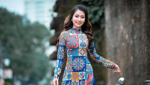 Giảng viên Hà Phương - Sputnik Việt Nam