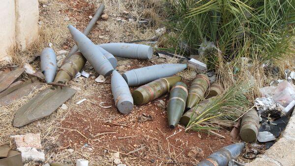 Đạn pháo bắn trúng sân một ngôi nhà ở thành phố Al-Ahsa - Sputnik Việt Nam