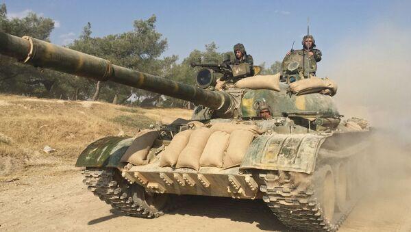 Các chiến sĩ xe tăng của quân đội Syria ở tỉnh Hama - Sputnik Việt Nam