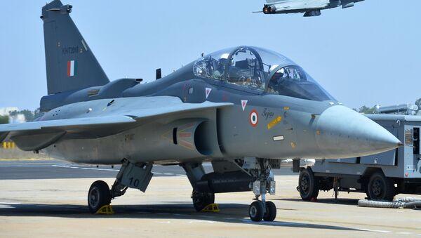 máy bay chiến đấu Tejas của Không quân Ấn Độ  - Sputnik Việt Nam