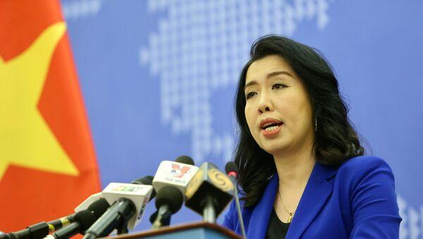 Người Phát ngôn Bộ Ngoại giao Lê Thị Thu Hằng trả lời câu hỏi của phóng viên trong nước và quốc tế. - Sputnik Việt Nam