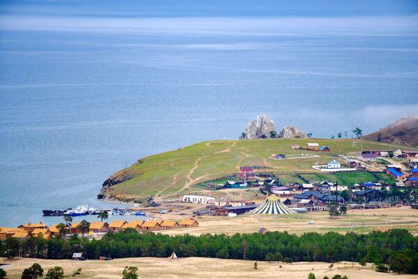 Làng Khuzhir trên đảo Olkhon, hồ Baikal, tỉnh Irkutsk - Sputnik Việt Nam