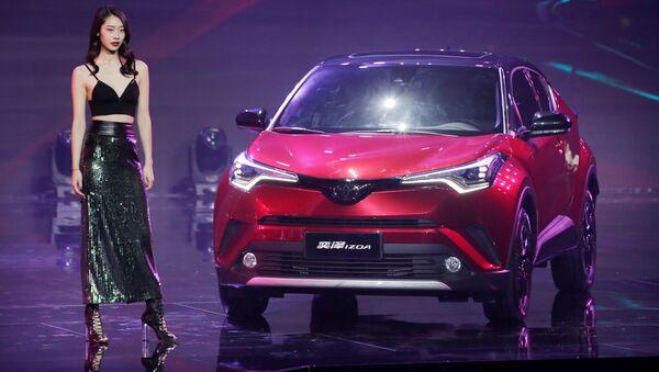 Xe Toyota IZOA tại Triển lãm ô tô Bắc Kinh - Sputnik Việt Nam