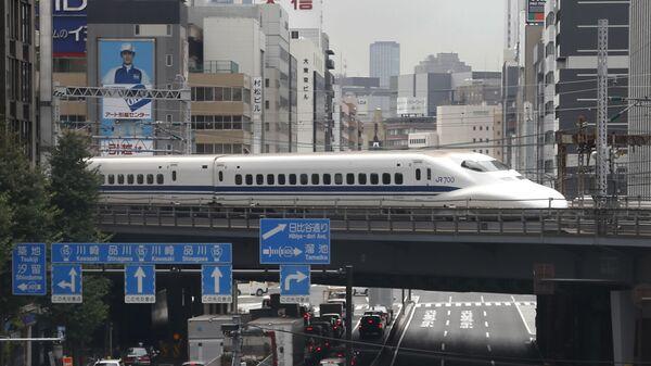 Скоростной поезд в Японии - Sputnik Việt Nam