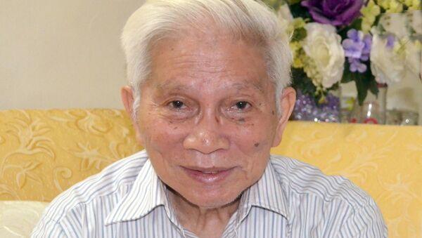 GS Hoàng Tụy - Sputnik Việt Nam