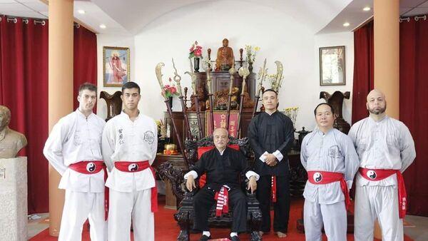 Сhưởng môn Việt Nam Vịnh Xuân Chính thống phái tại Canada, võ sư Nam Anh Kiệt, Flores - Sputnik Việt Nam
